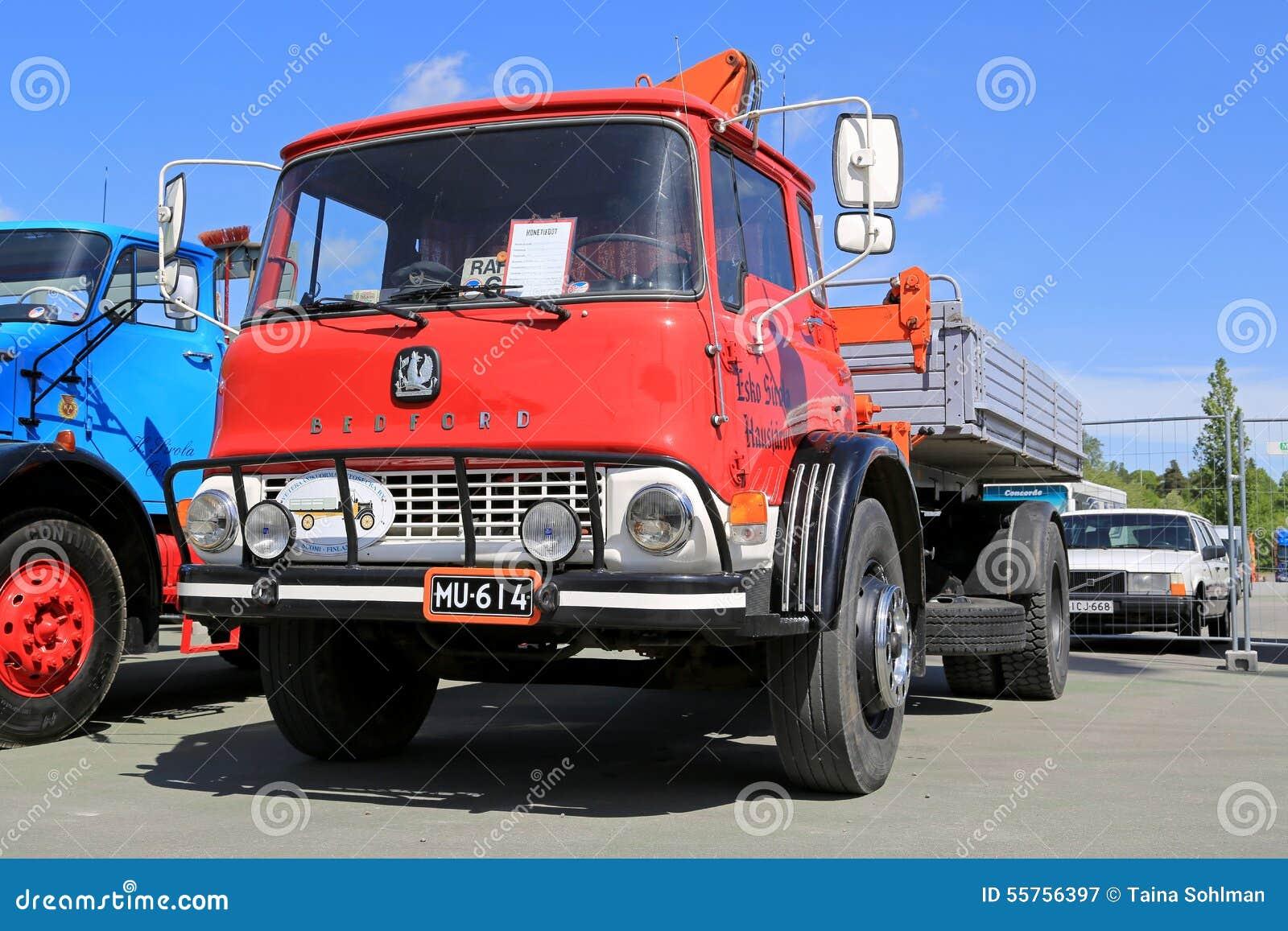 Klassiek bedford truck 1972 redactionele fotografie afbeelding 55756397 - Klassiek bed ...