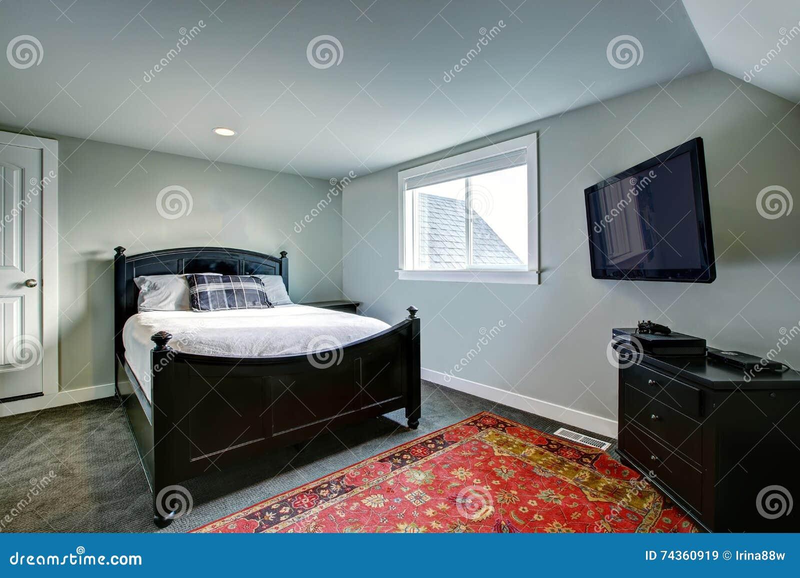 https://thumbs.dreamstime.com/z/klassieke-amerikaanse-slaapkamer-met-groene-muren-en-zwart-meubilair-74360919.jpg