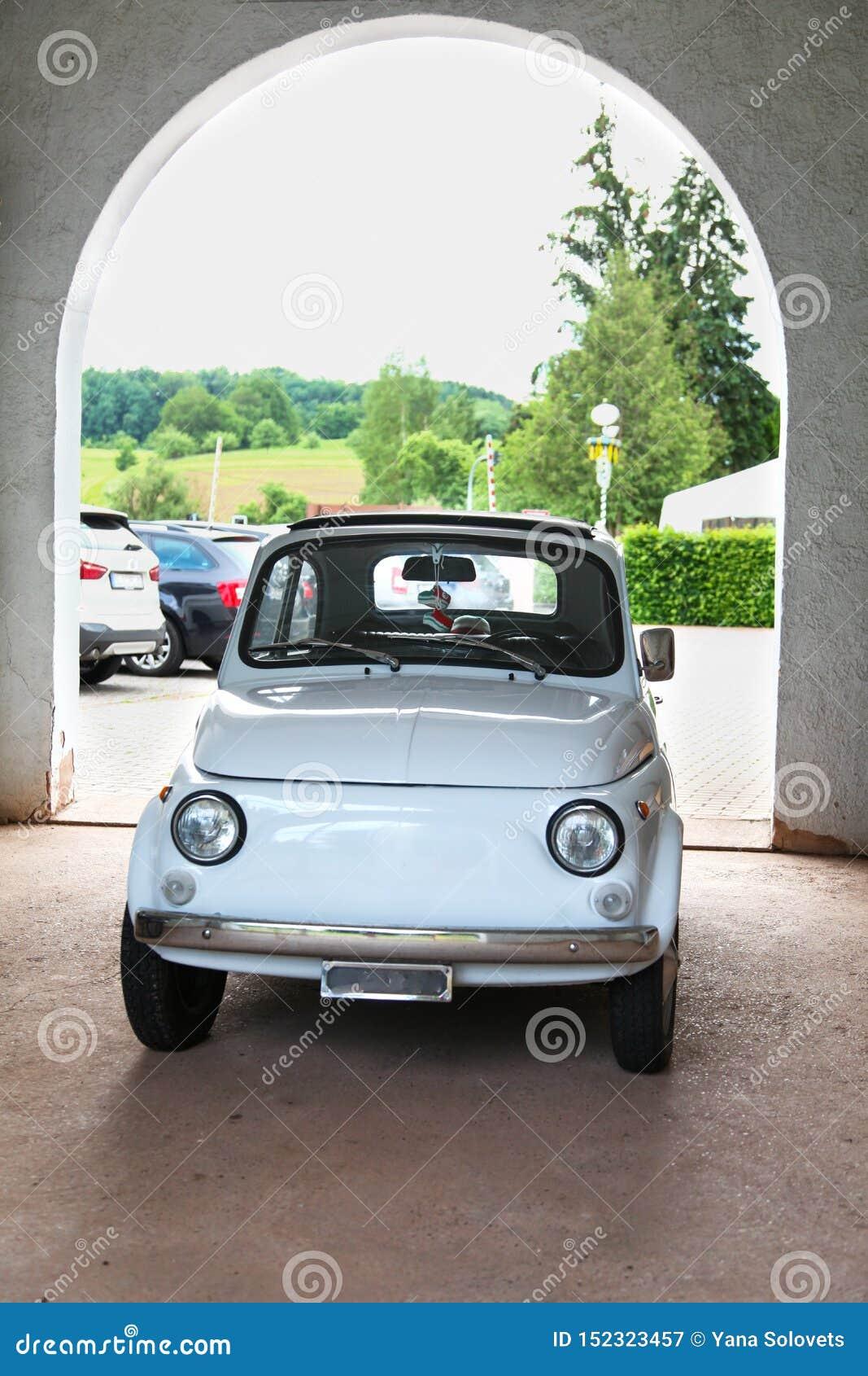 Klassieke auto, oude minicar