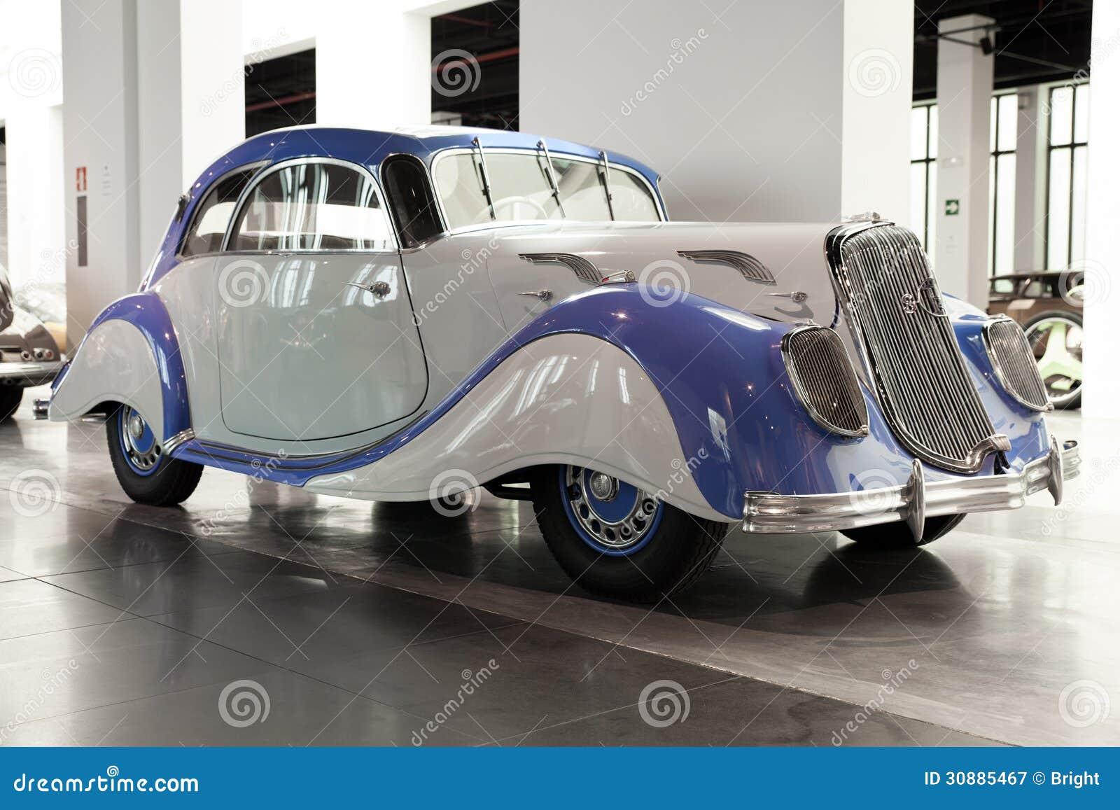 klassieke auto panhard et levassor redactionele fotografie afbeelding bestaande uit luxe. Black Bedroom Furniture Sets. Home Design Ideas