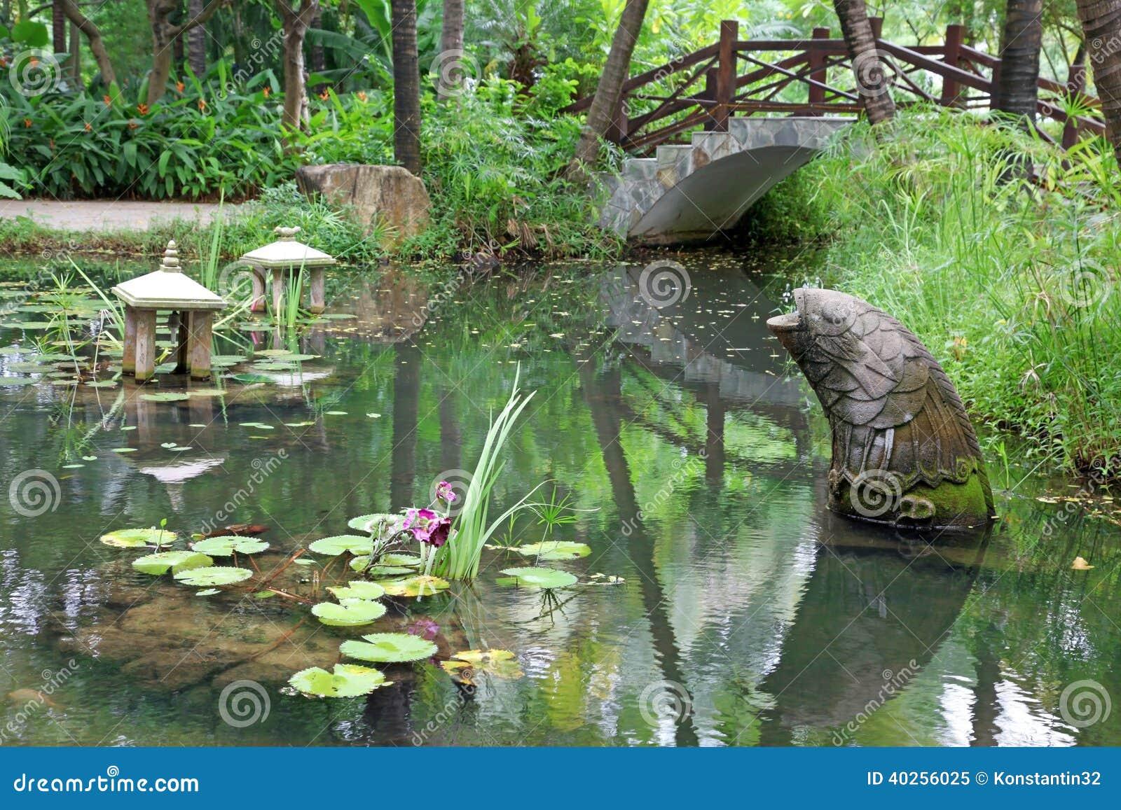 Klassieke Chinese Tuin, Zuid China Stock Foto   Afbeelding  40256025