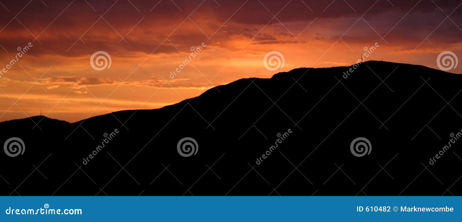 Klassieke MT Wellington van de zonsondergang
