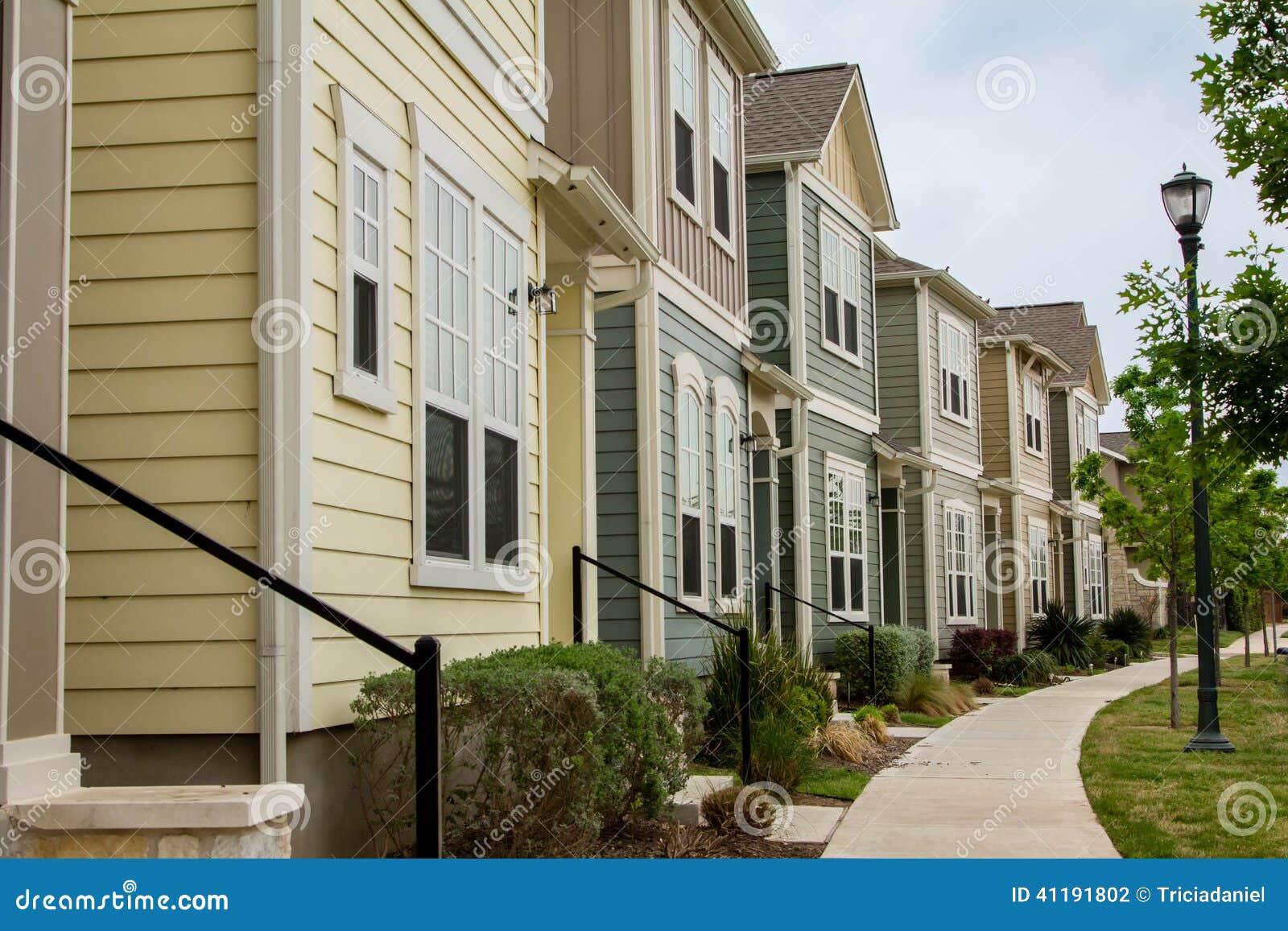 Klassische Häuser In Bergen Stockfoto - Bild: 41191802 size: 1300 x 957 post ID: 8 File size: 0 B