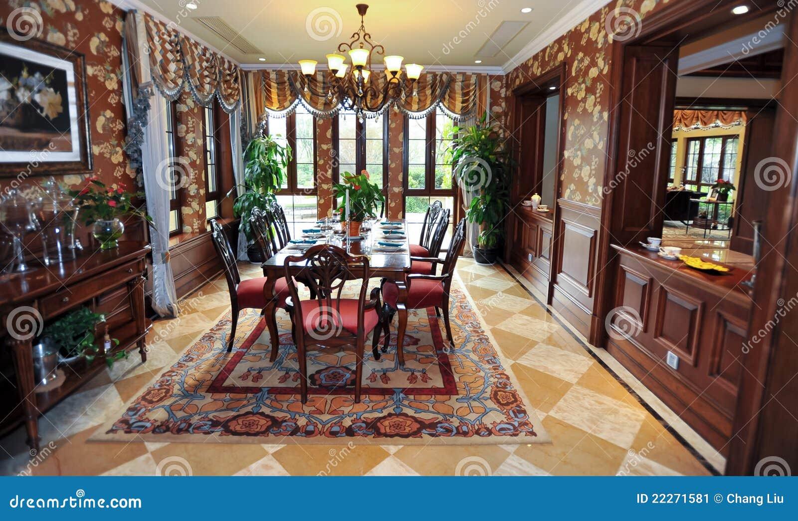 Klassisches Esszimmer In Einem Landhaus Stockbild - Bild von sauber, laminat: 22271581