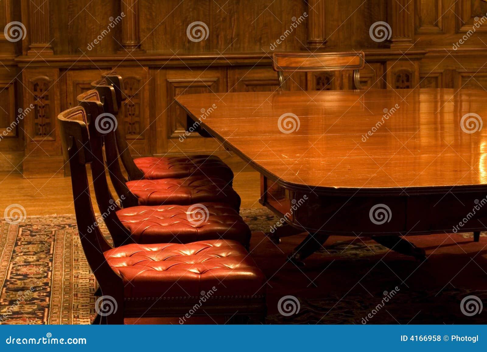 Klassisches Konferenzzimmer