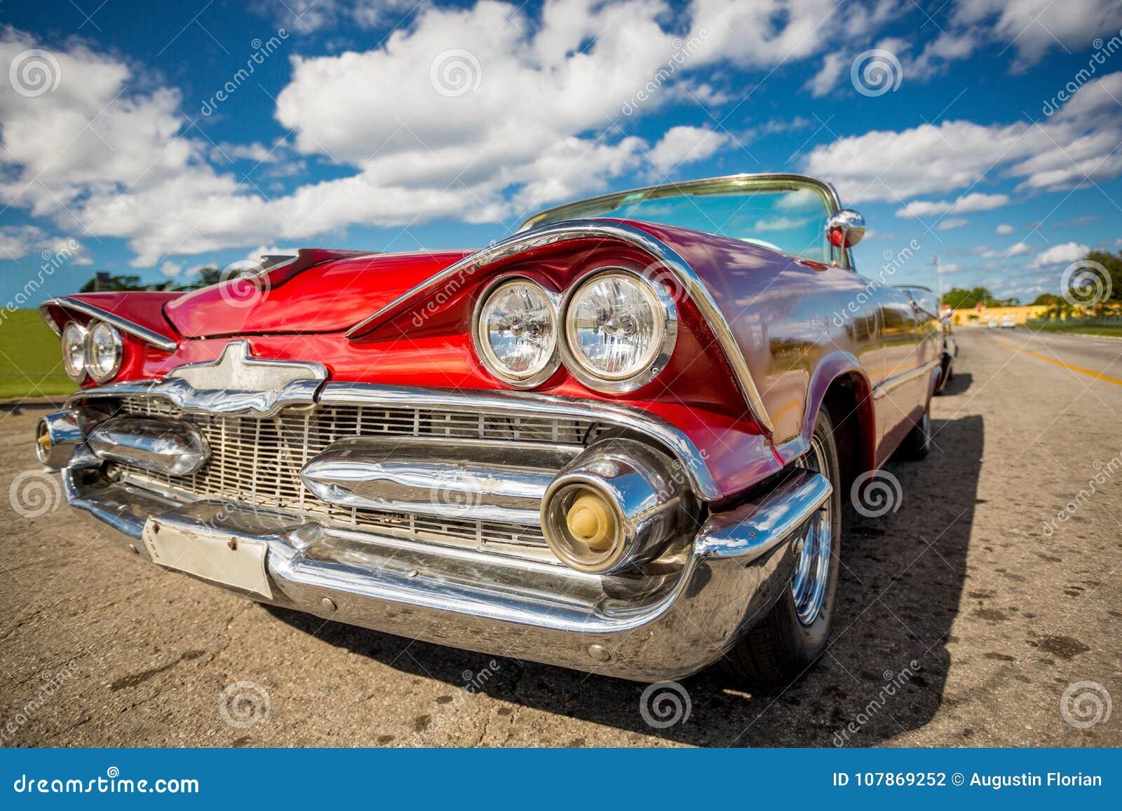 Klassisk bil i havannacigarren, Kuba
