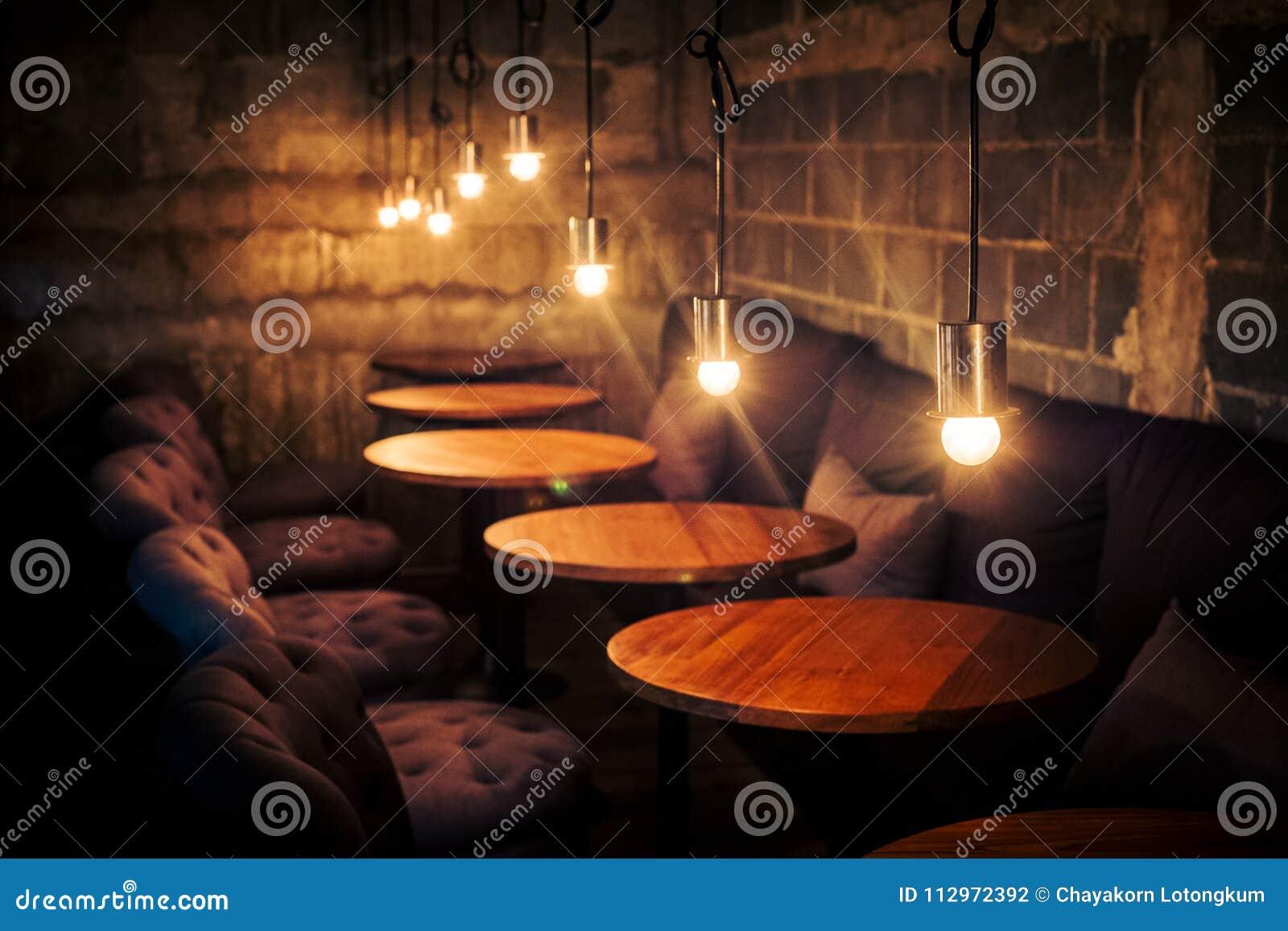 Klassisk design för kaffekafétappning med ljus
