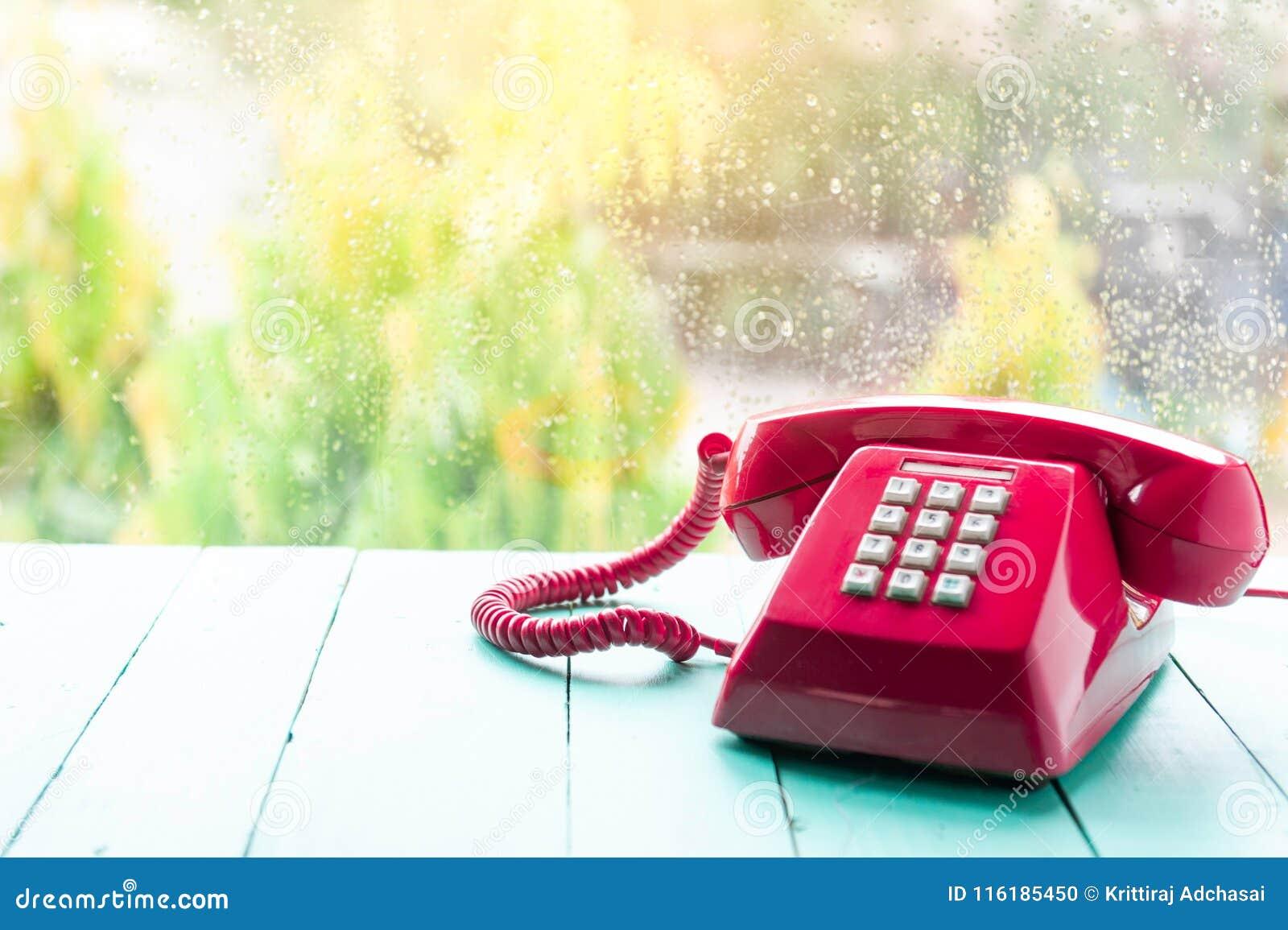 Klassisk rosa telefonmottagare