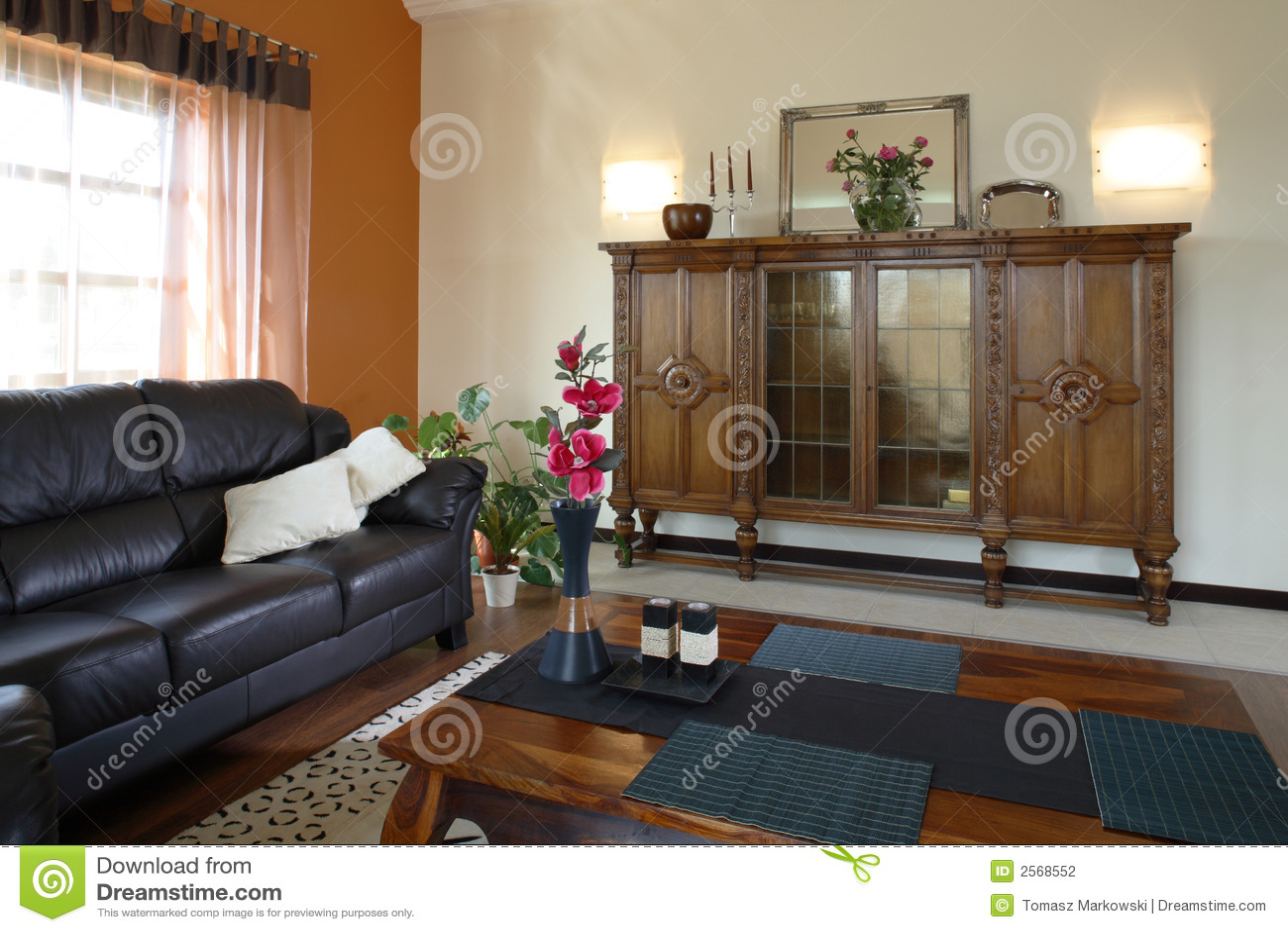 Klassiskt vardagsrum arkivbild   bild: 2568552