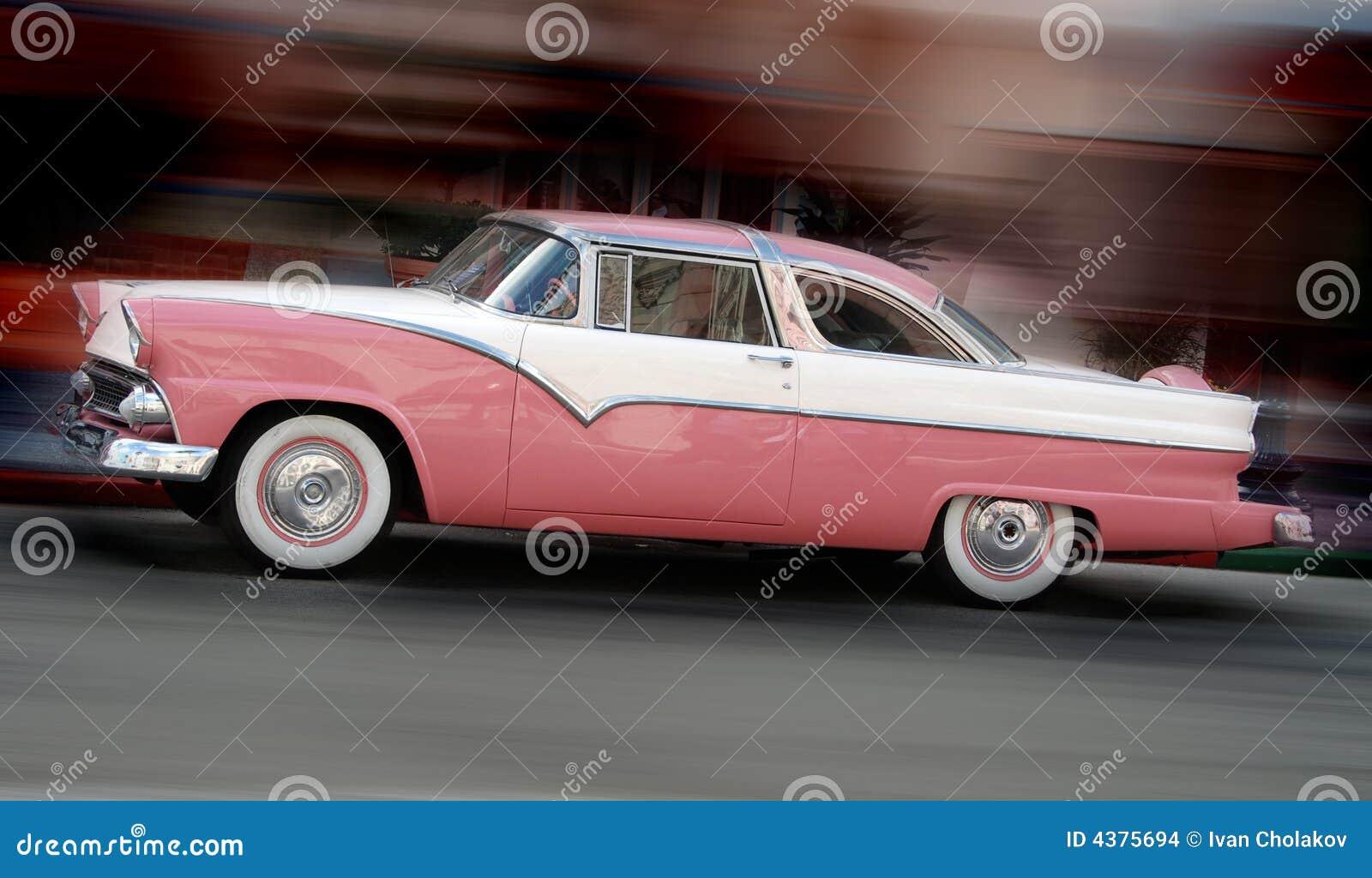 Klasyczna samochodowych różowy