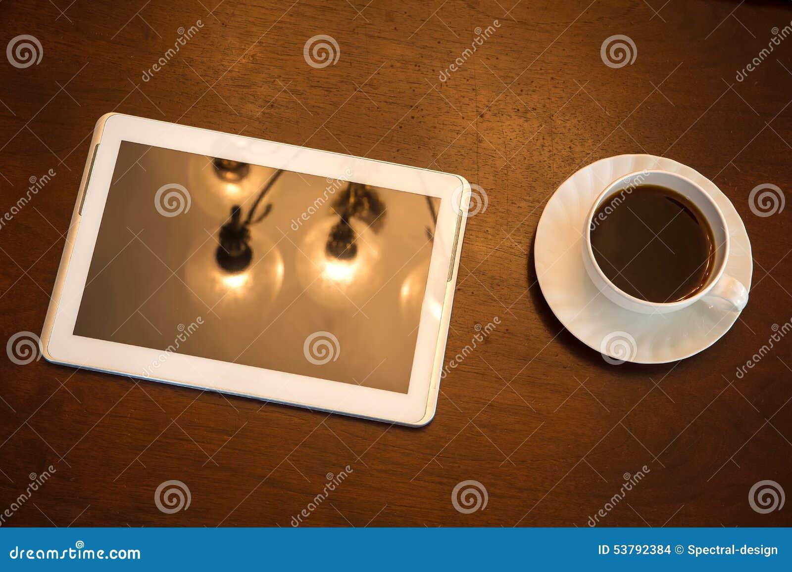 Klasyczny kawy i pastylki pecet