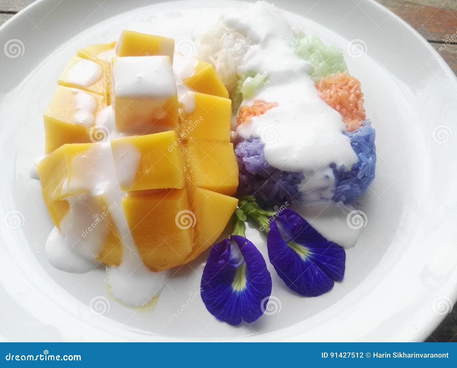 Klebriger Reis mit Mangofrucht