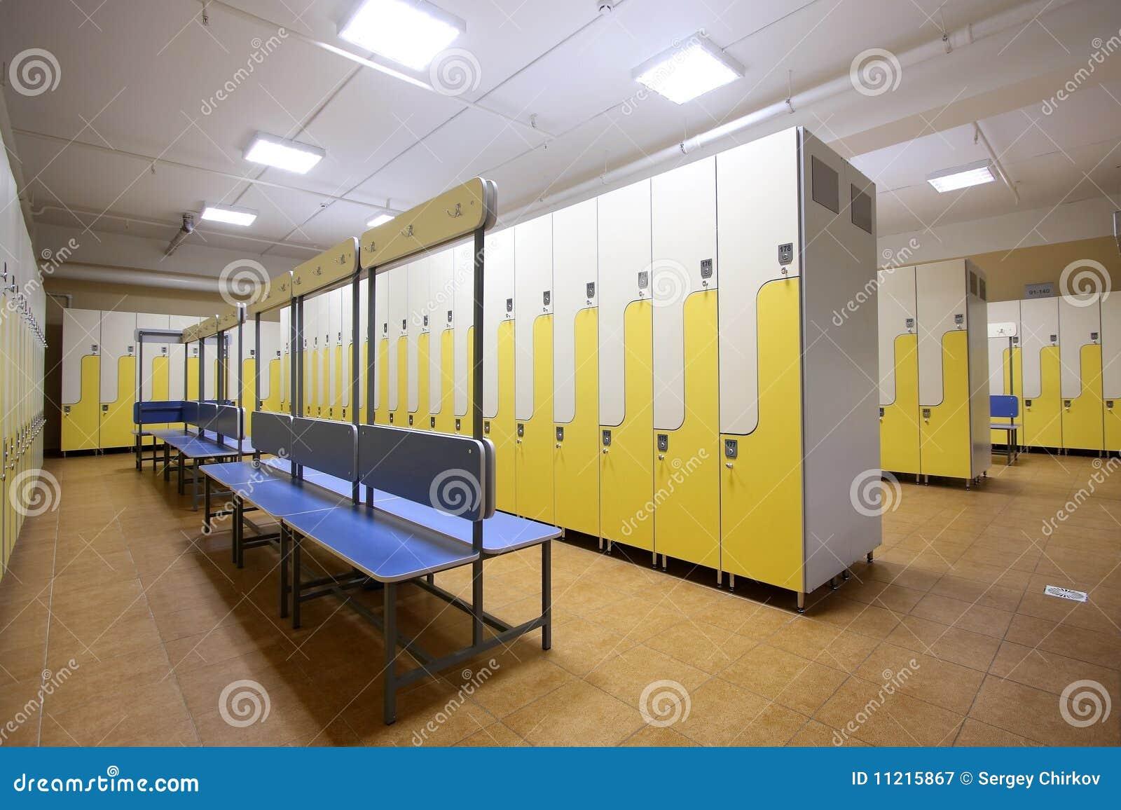 Kleedkamer royalty vrije stock fotografie beeld 11215867 - Moderne slaapkamer met kleedkamer ...