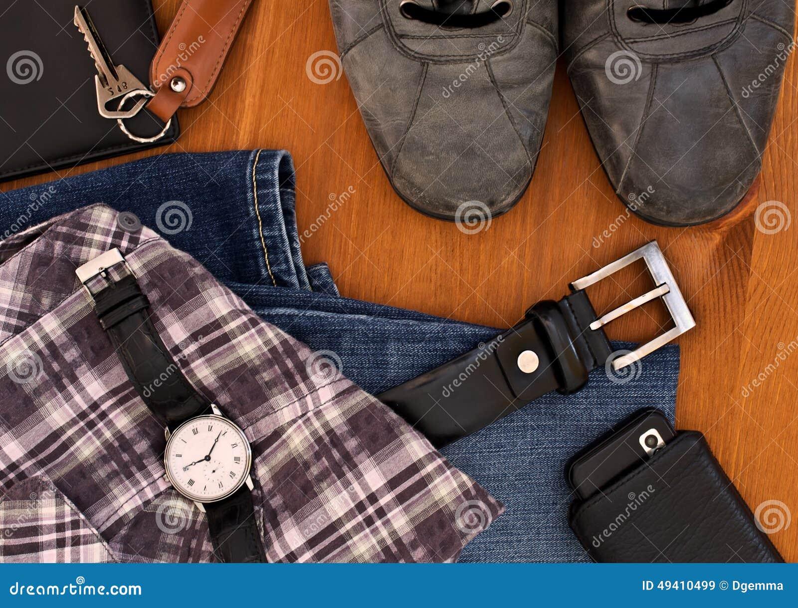 Download Kleidung Und Zubehör Der Männer Stockbild - Bild von männer, turnschuhe: 49410499