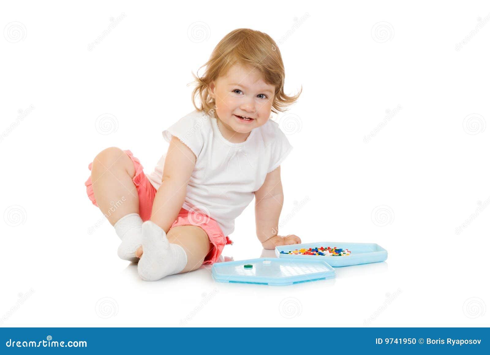 Klein meisje met stuk speelgoed moza ek stock foto beeld 9741950 - Foto slaapkamer klein meisje ...