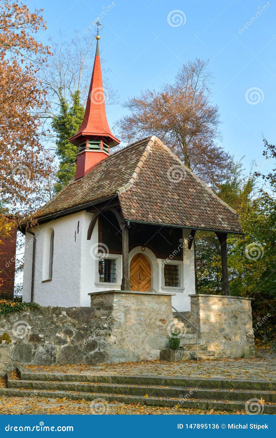 Kleine Kapelle in Hohle Gasse nahe Kussnacht sind Rigi