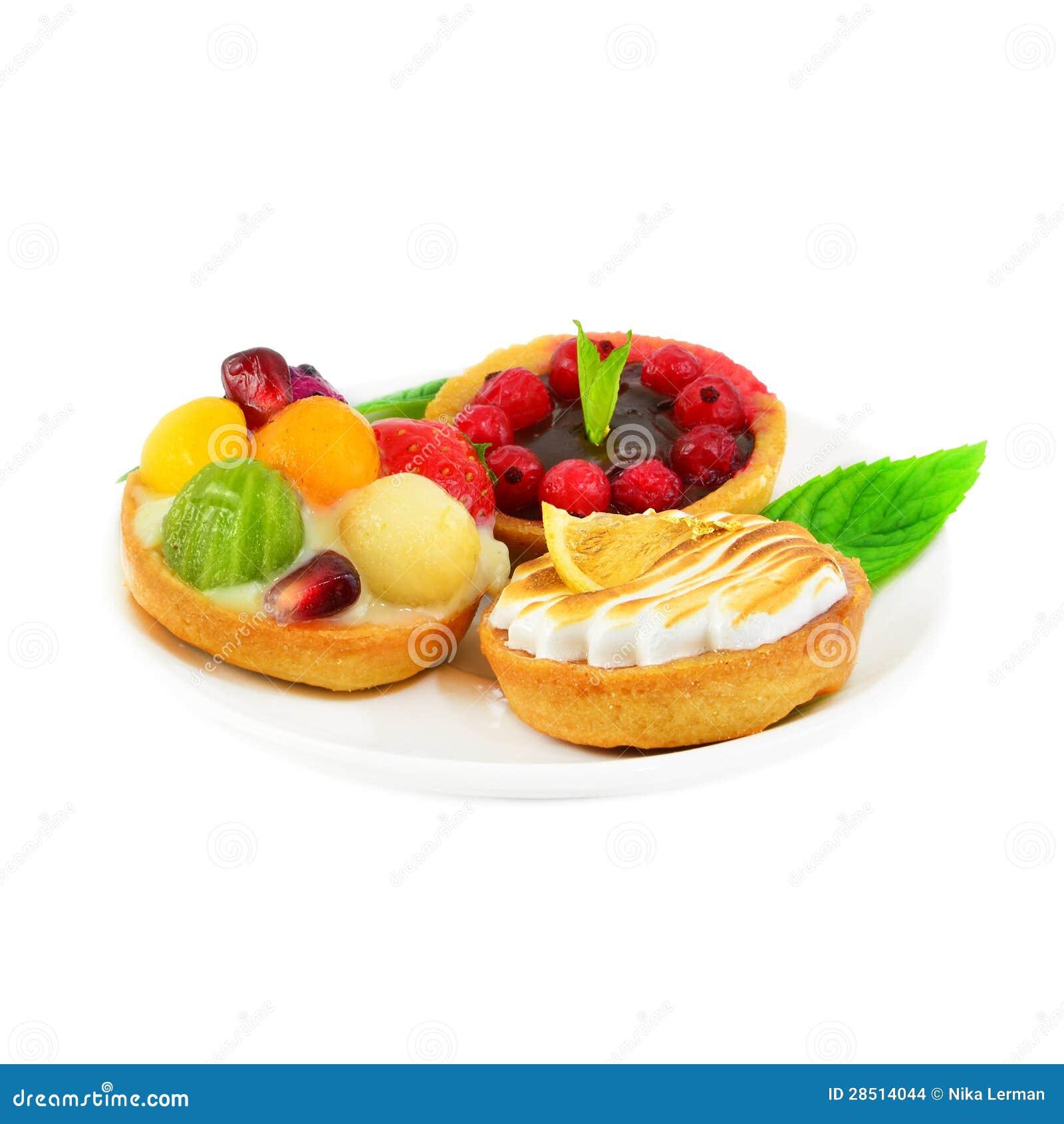 kleine kuchen mit frucht und sahne stockfoto bild von. Black Bedroom Furniture Sets. Home Design Ideas