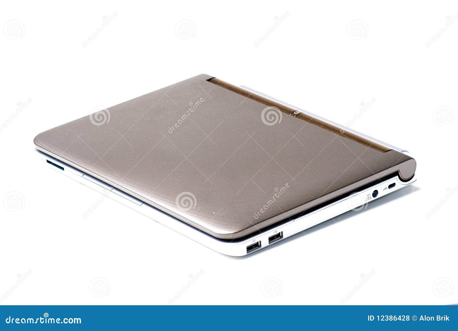 kleiner laptop notebook computer geschlossen getrennt lizenzfreie stockfotos bild 12386428. Black Bedroom Furniture Sets. Home Design Ideas