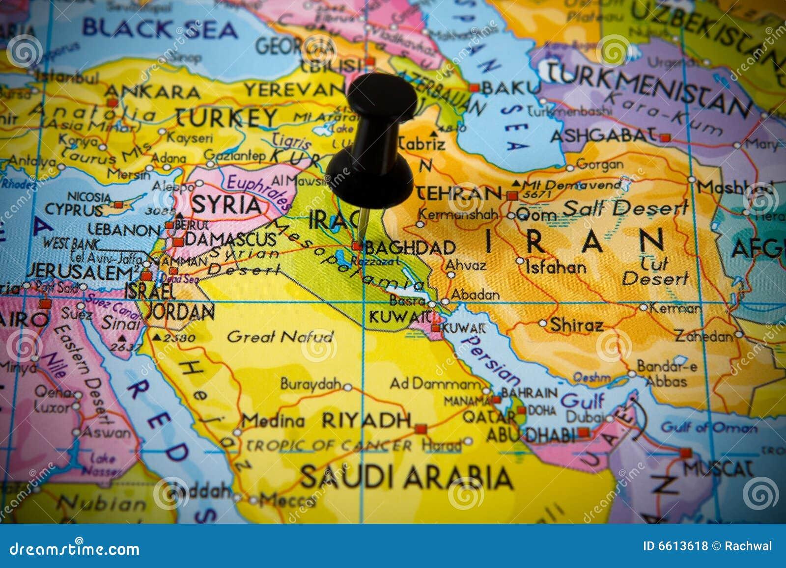 Kleiner Stift, der auf Baghdad zeigt