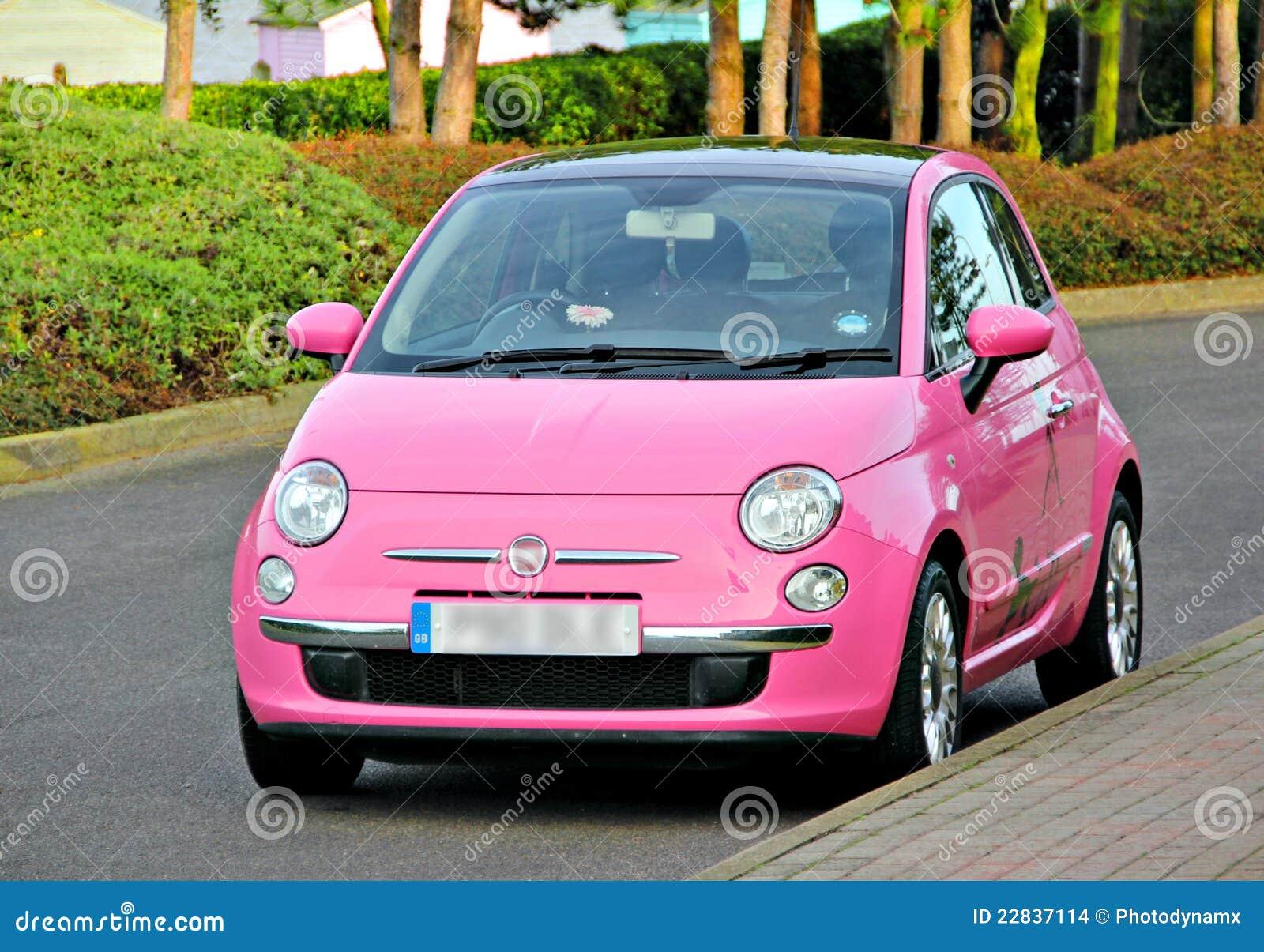 Kleines Auto Des Modernen Spassrosas Stockfoto Bild Von Spass