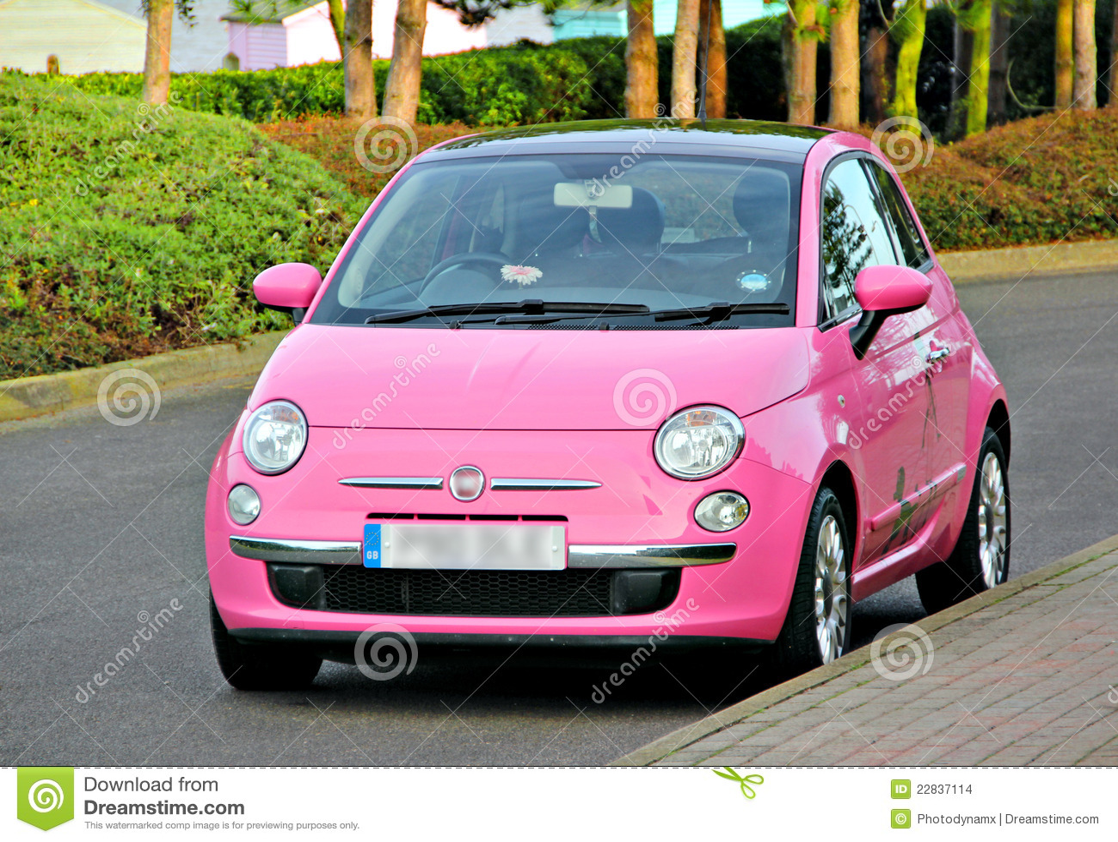kleines auto des modernen spa rosas stockbilder bild 22837114. Black Bedroom Furniture Sets. Home Design Ideas