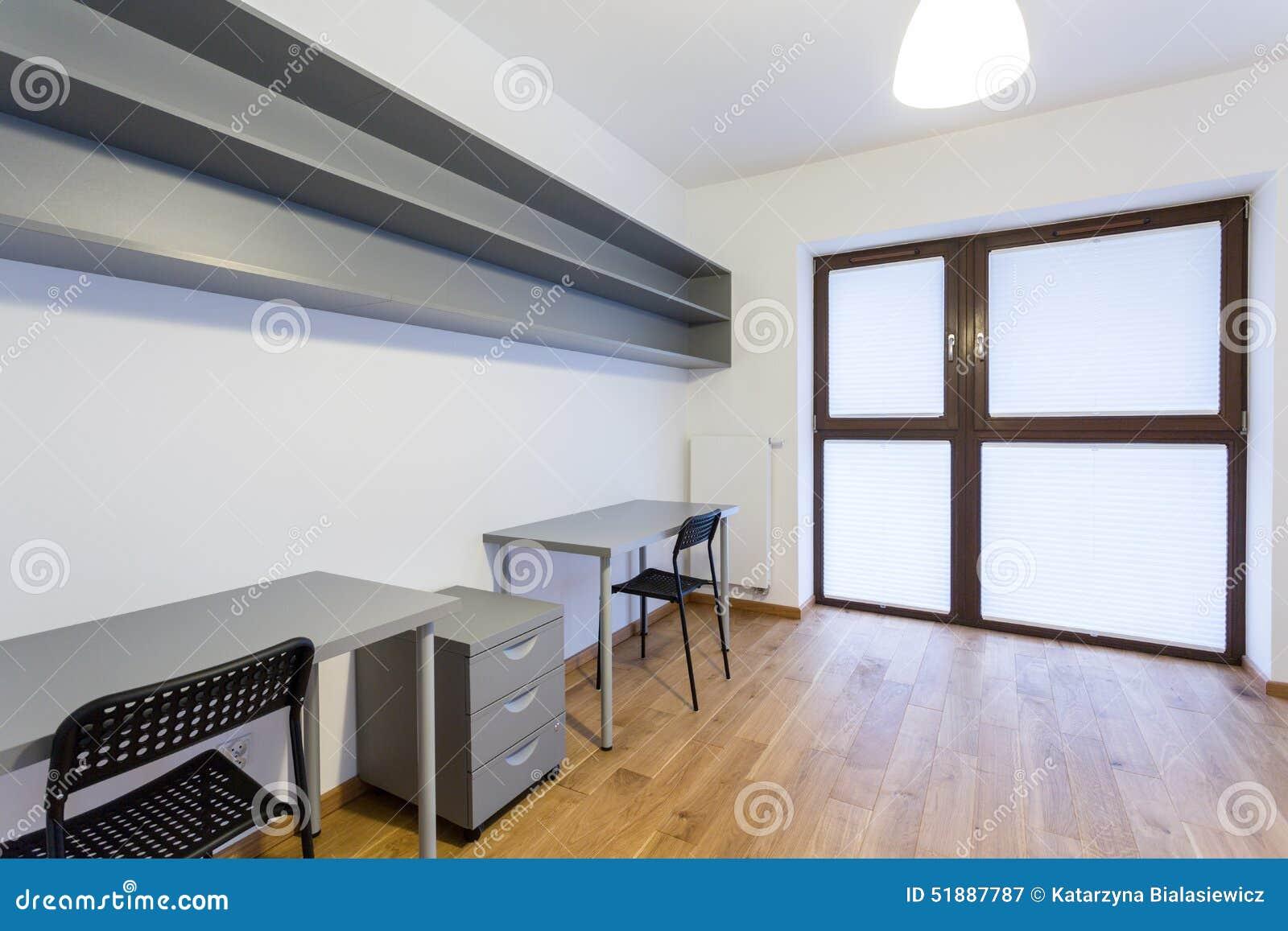 kleines büro zu hause stockbild. bild von fußboden, hippie - 51887787