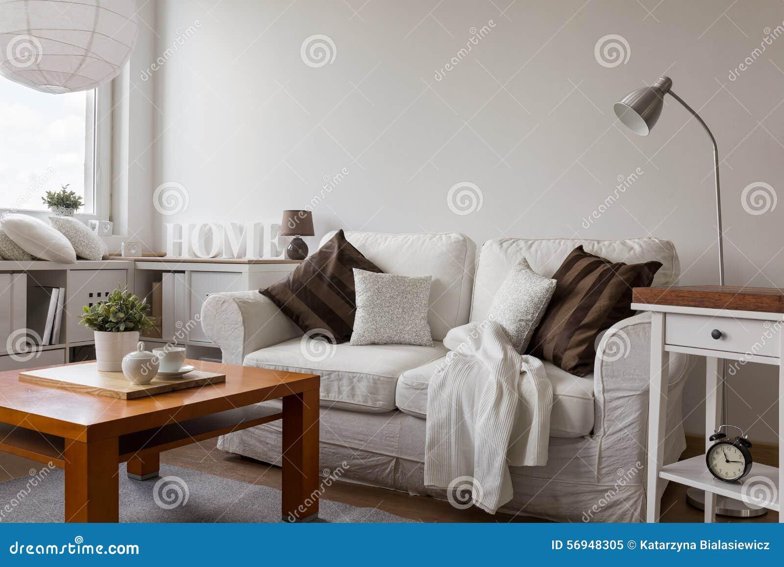 Kleines Gemütliches Wohnzimmer Stockbild - Bild: 56948305