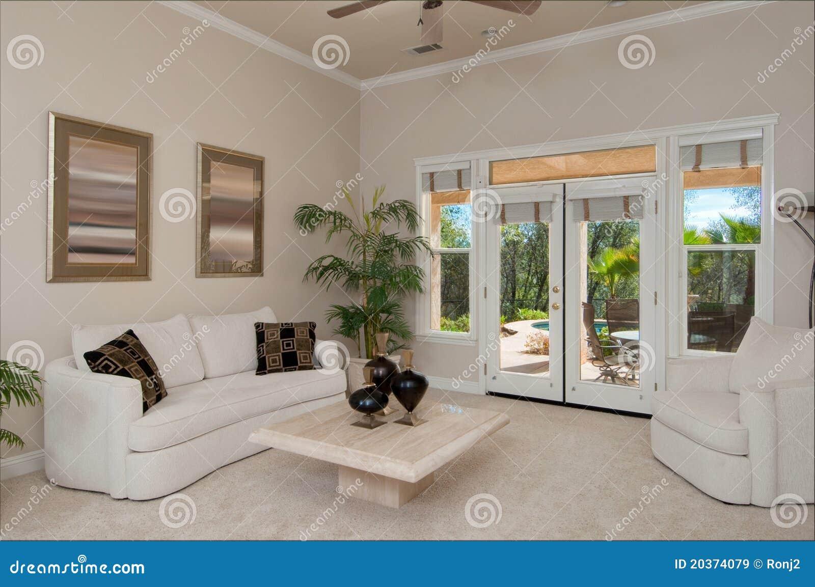 kleines wohnzimmer #2 lizenzfreie stockbilder - bild: 20374079, Moderne deko