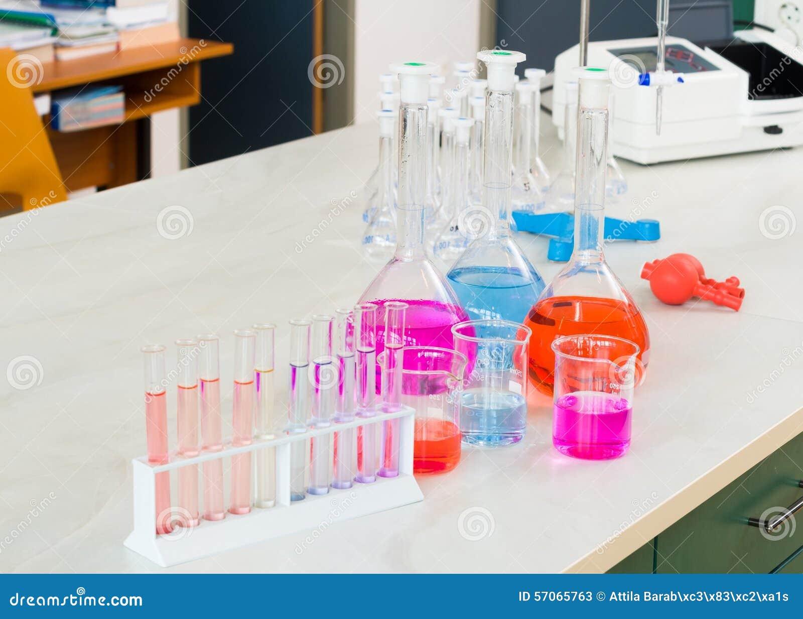Kleurrijk Wetenschappelijk Experiment