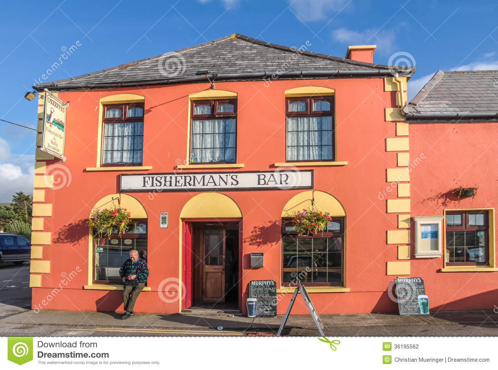 Kleurrijke Bar in Portmagee