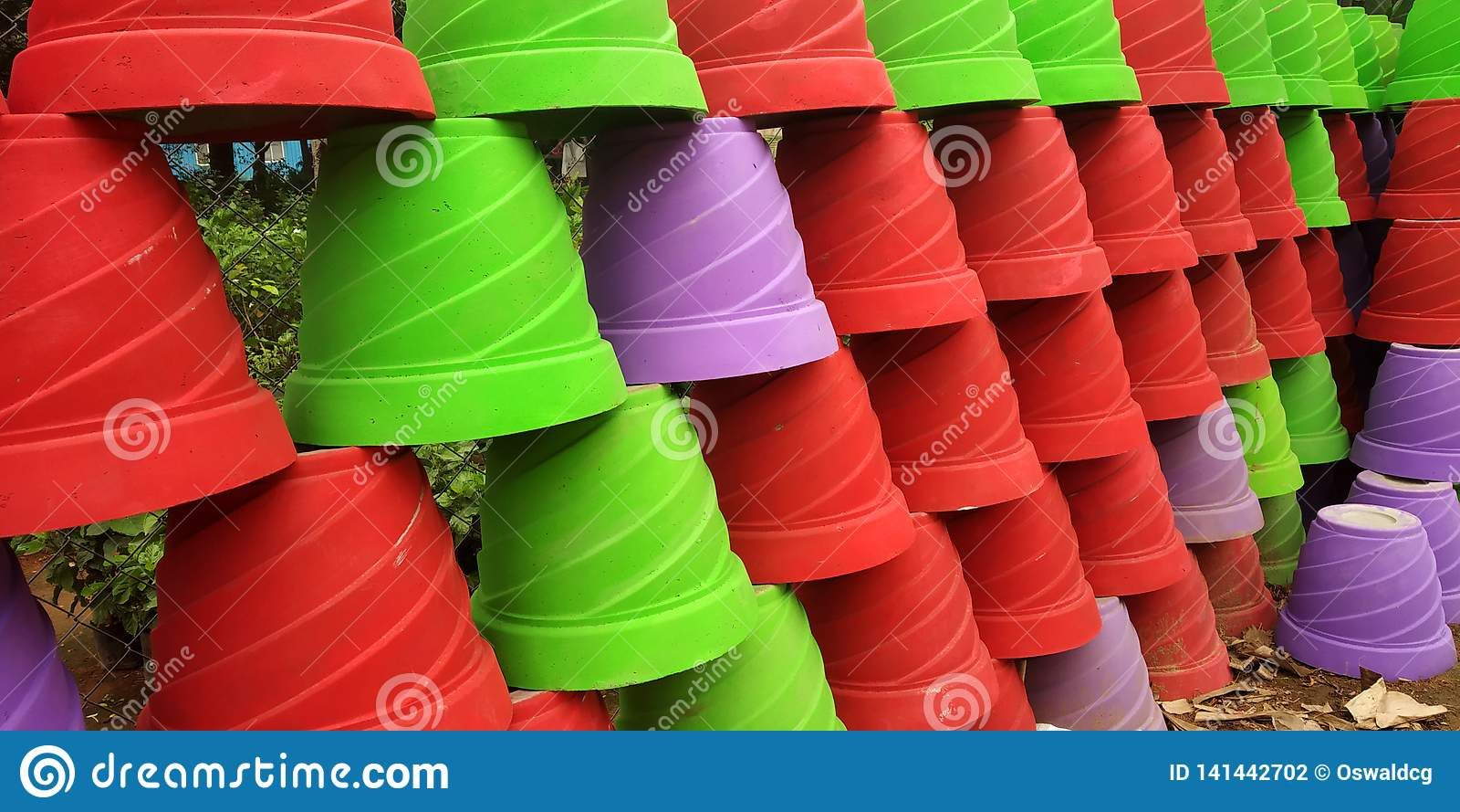 Kleurrijke bloempotten