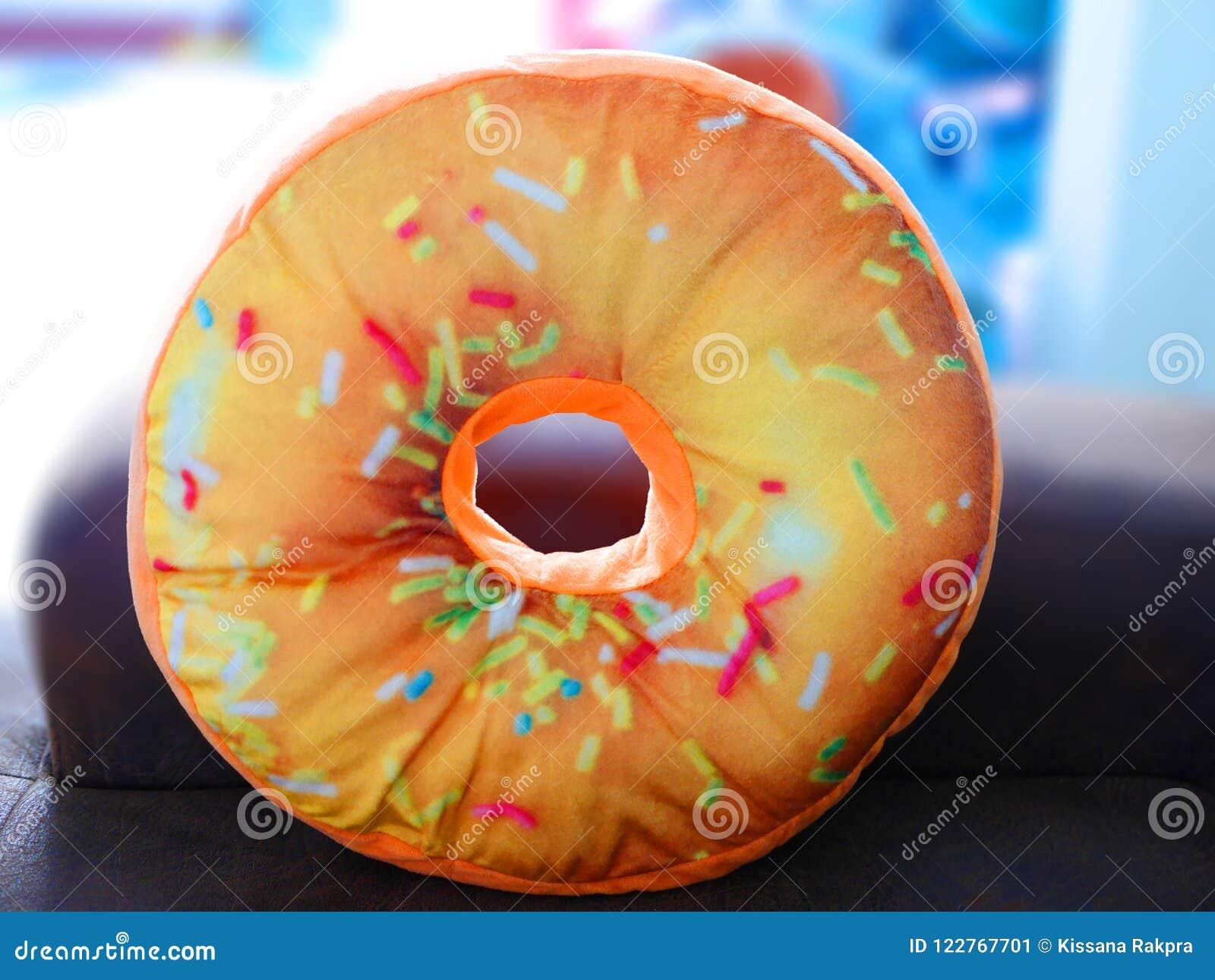 Kleurrijke doughnuthoofdkussens