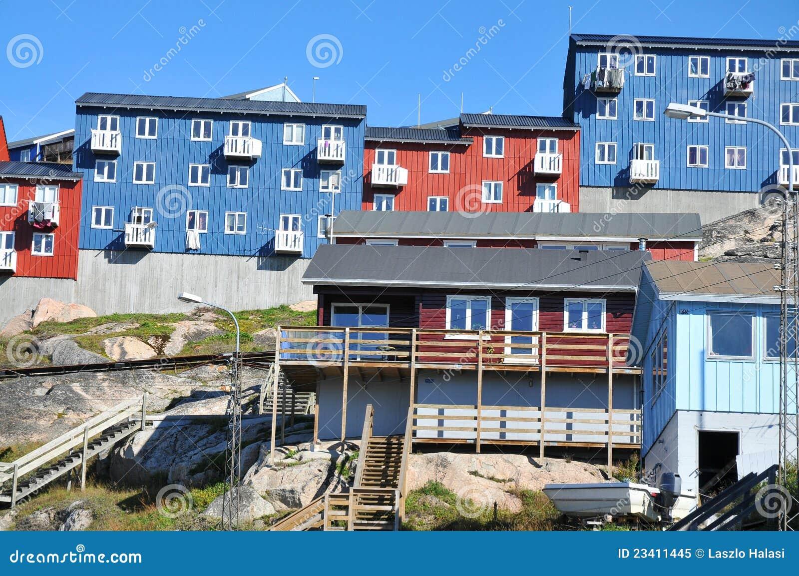 Kleurrijke huizen, gebouwen in Qaqortoq, Groenland