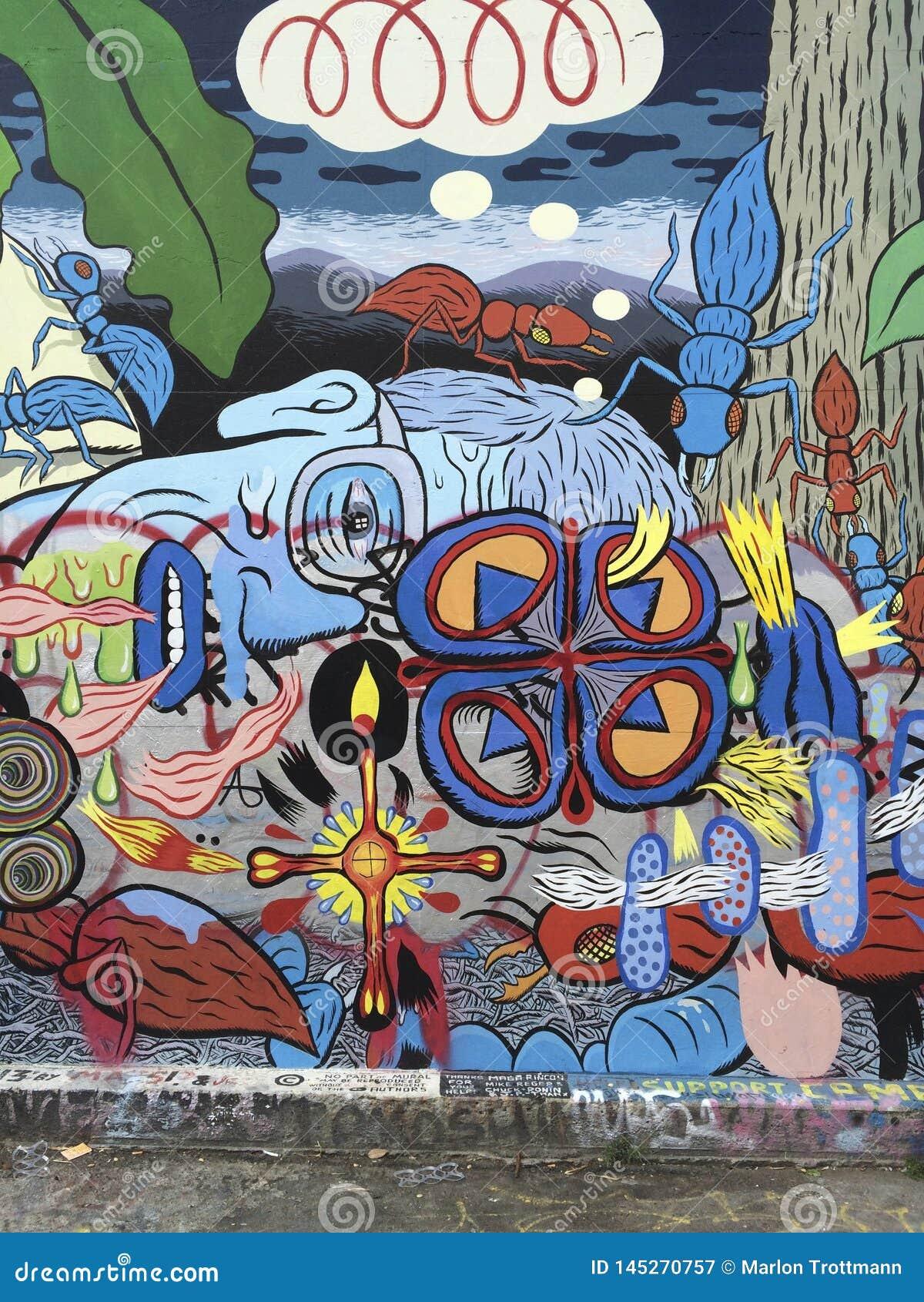Kleurrijke Muurschildering van Klaroensteeg in Opdrachtdistrict, San Franisco