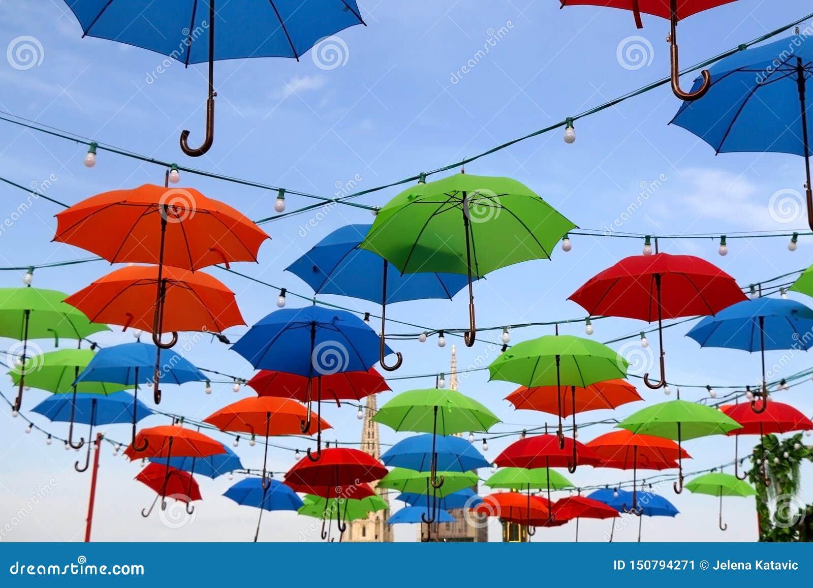 Kleurrijke Paraplu s in Zagreb, Kroatië
