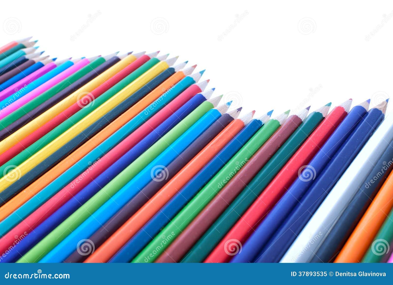 Kleurrijke potloden in vorm van golf