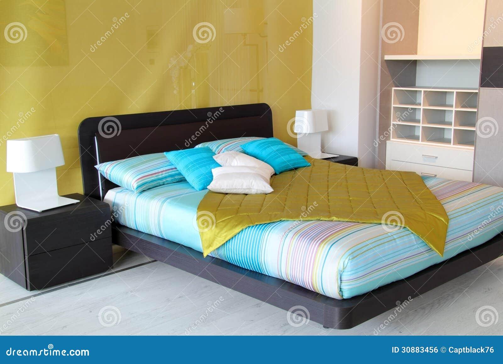 Royalty-vrije Stock Afbeelding: Kleurrijke slaapkamer