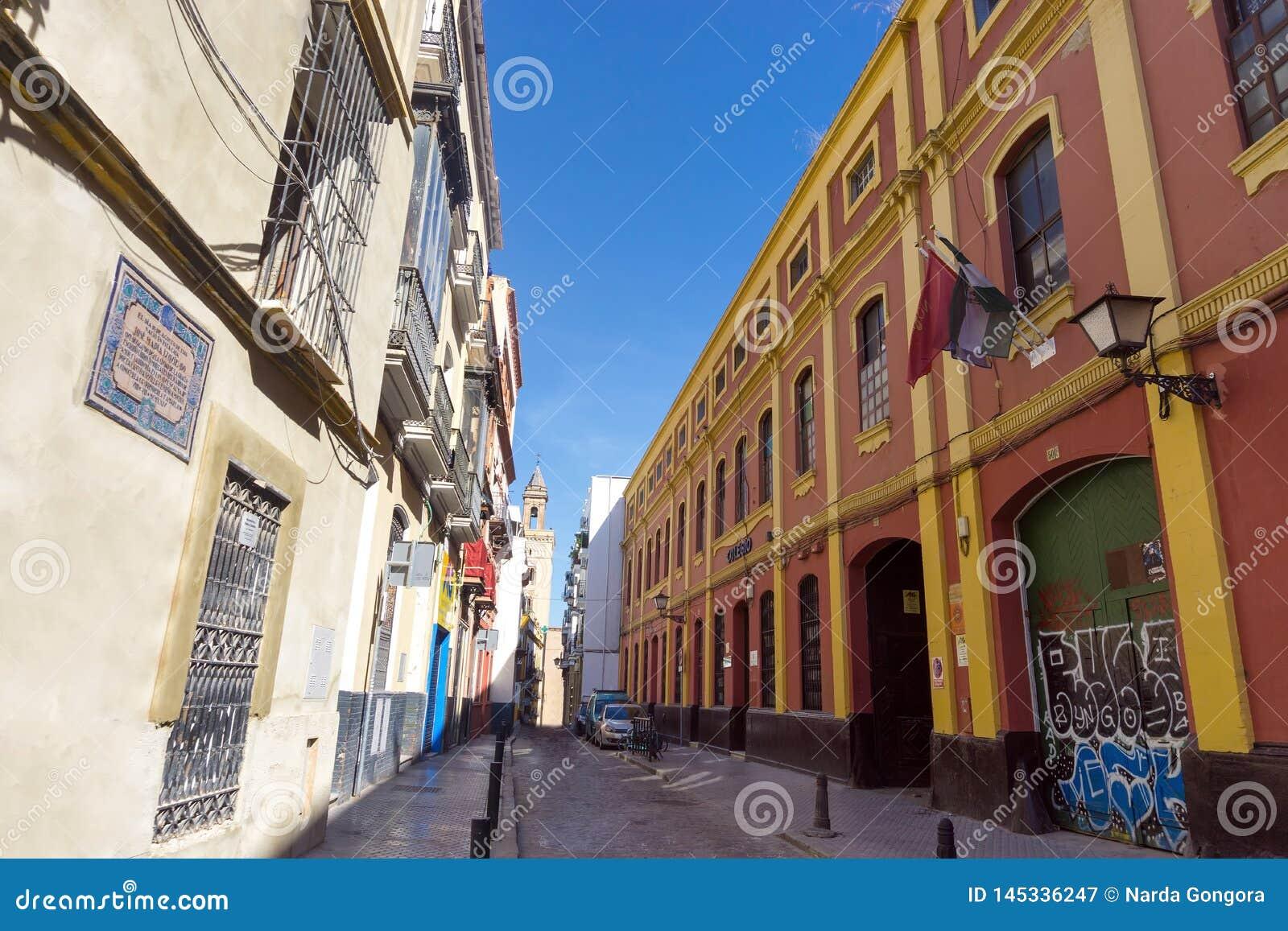 Kleurrijke Straat in Sevilla, Spanje
