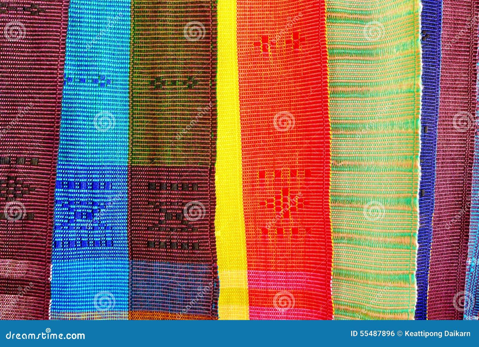 Kleurrijke Thaise inheemse stof in Chiangmai