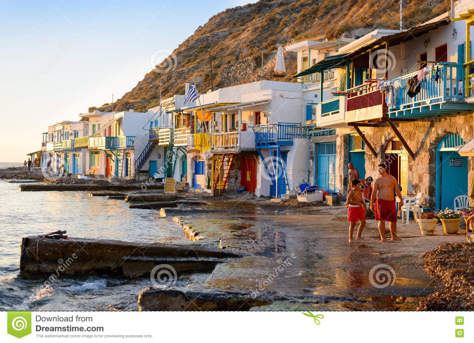 Download Klima, Melos, рыбацкий поселок Редакционное Изображение - изображение насчитывающей село, дома: 72290690