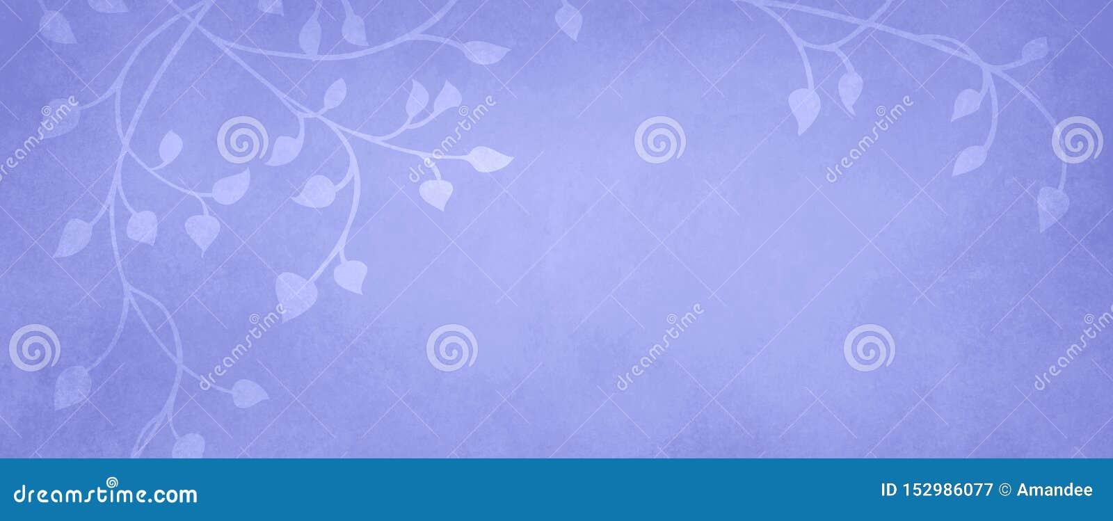 Klimop en wijnstokken op een pastelkleur purpere achtergrond, bladeren die op de grens in een bloemenaardpatroon beklimmen dat el