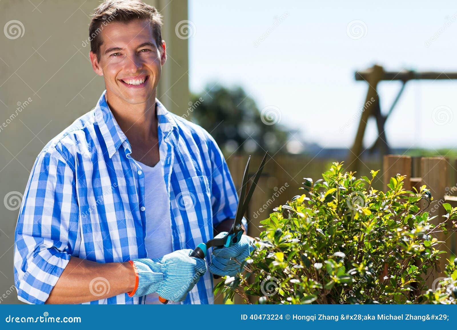 Klippande buske för man