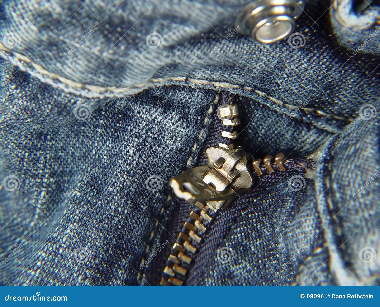 Klipsk zipper för knapp