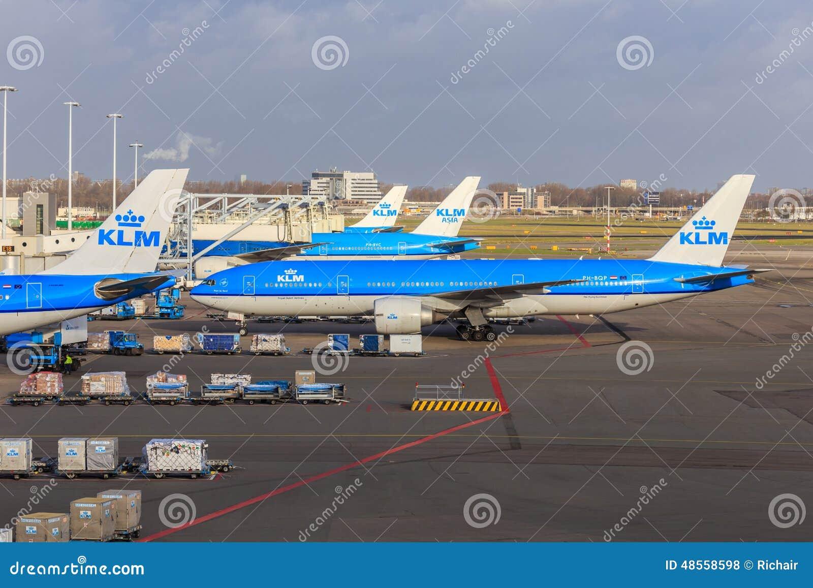 KLM sprutar ut på Schiphol