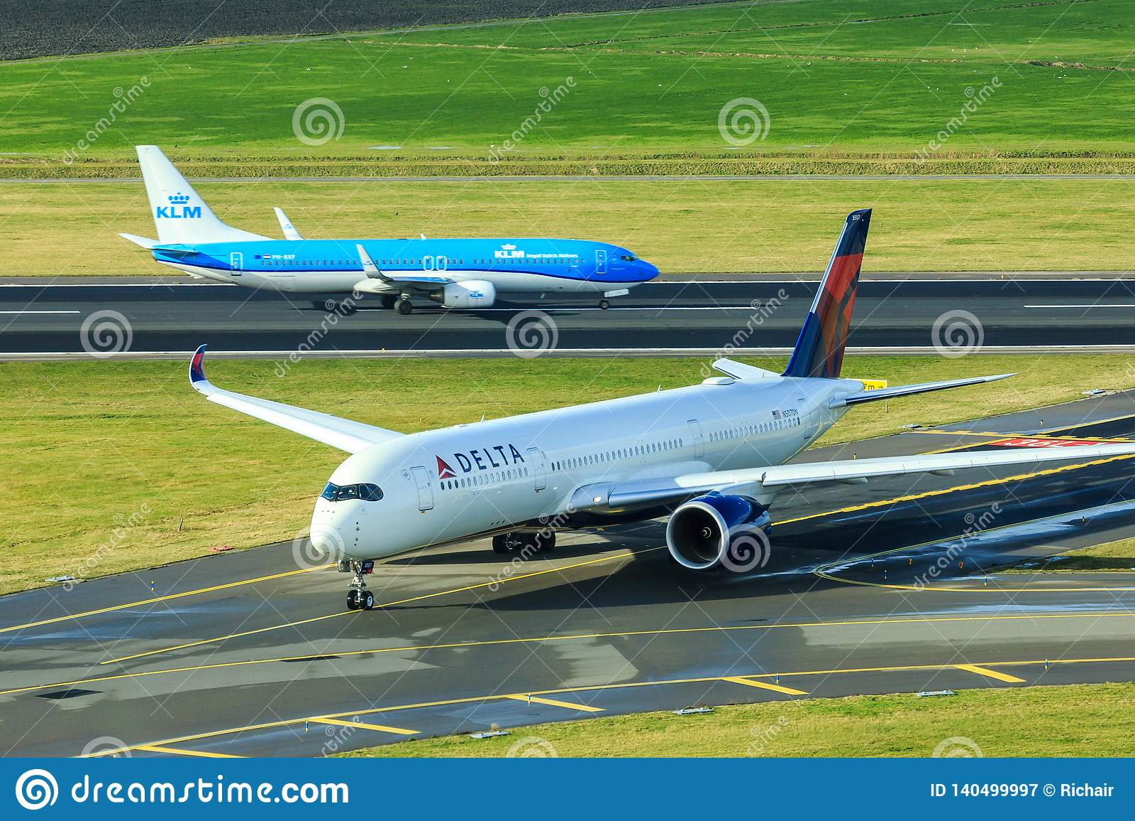 KLM stråle och Delta Airlines stråle