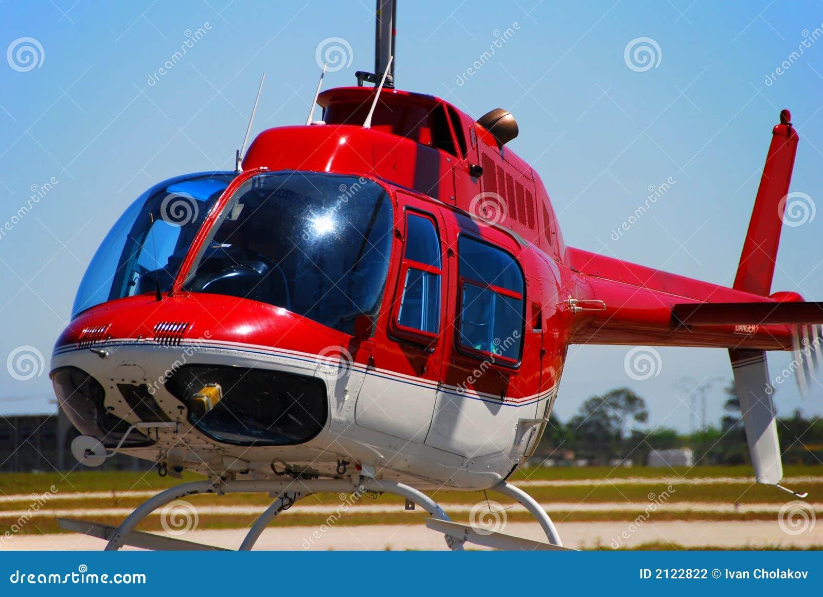 Klok 206 helikopter het opstijgen