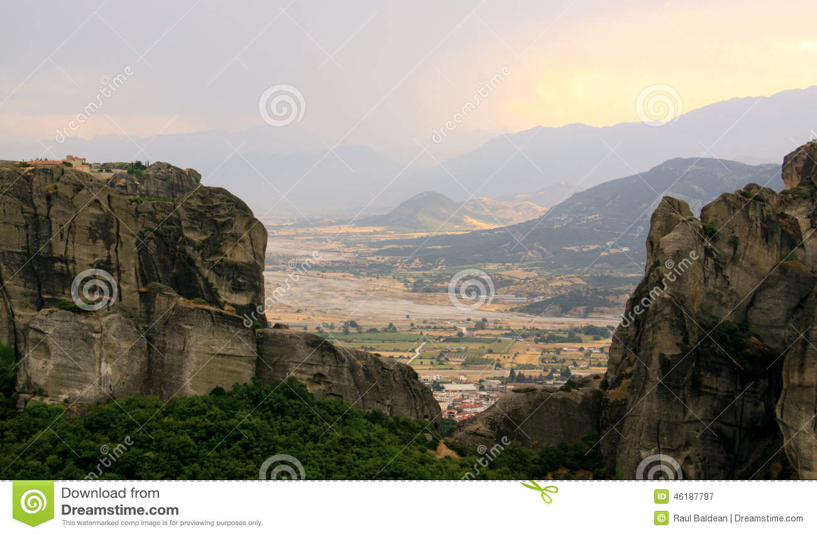 Kloster på solnedgången, Meteora