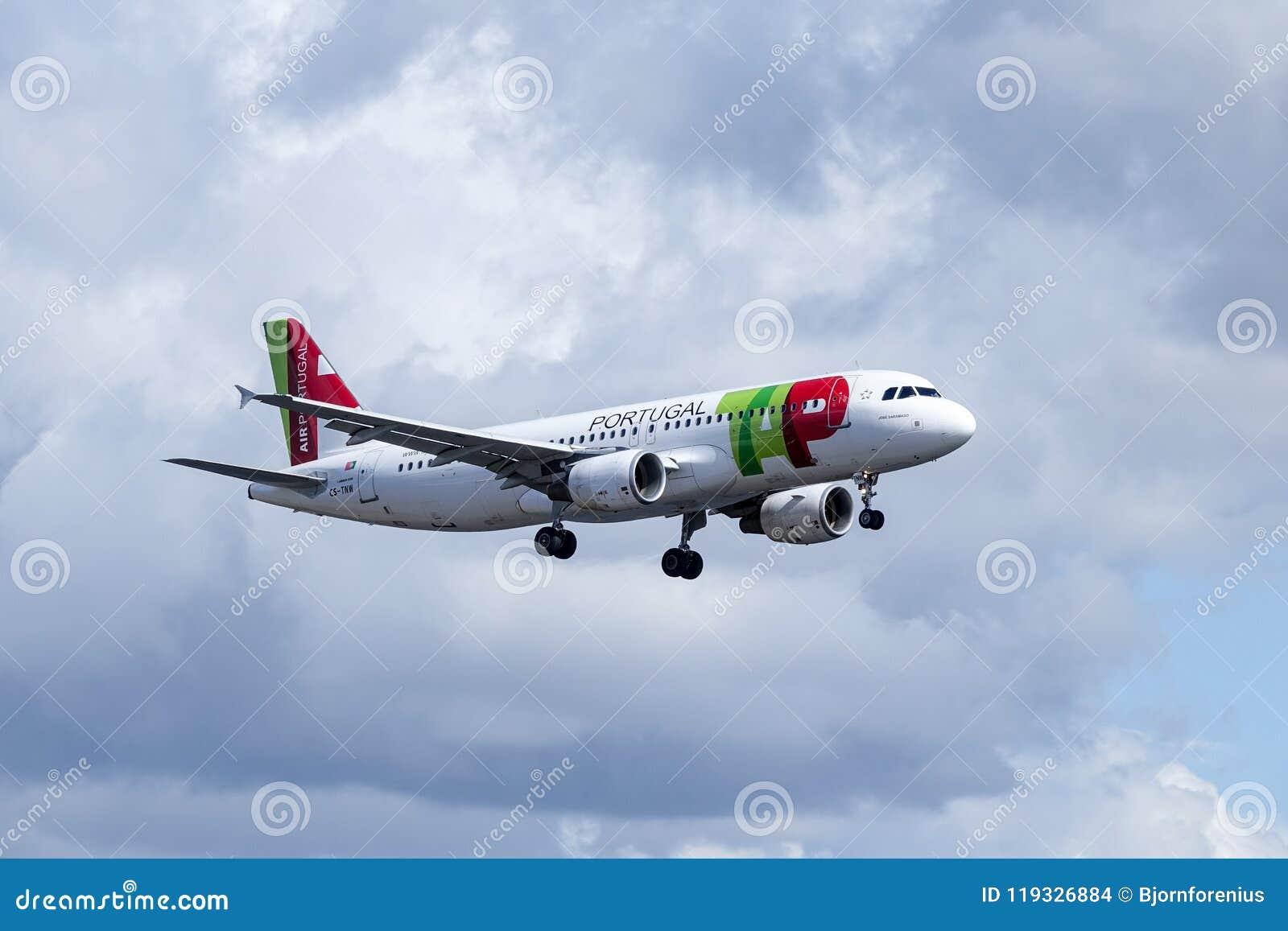 KNACKA LÄTT PÅ Air Portugal, flygbussen A320-251N