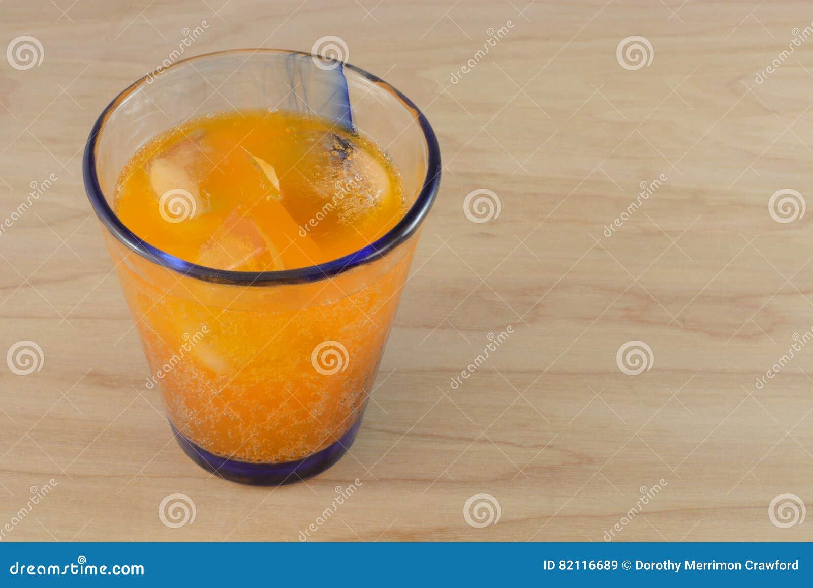 Knall des orange Sodas