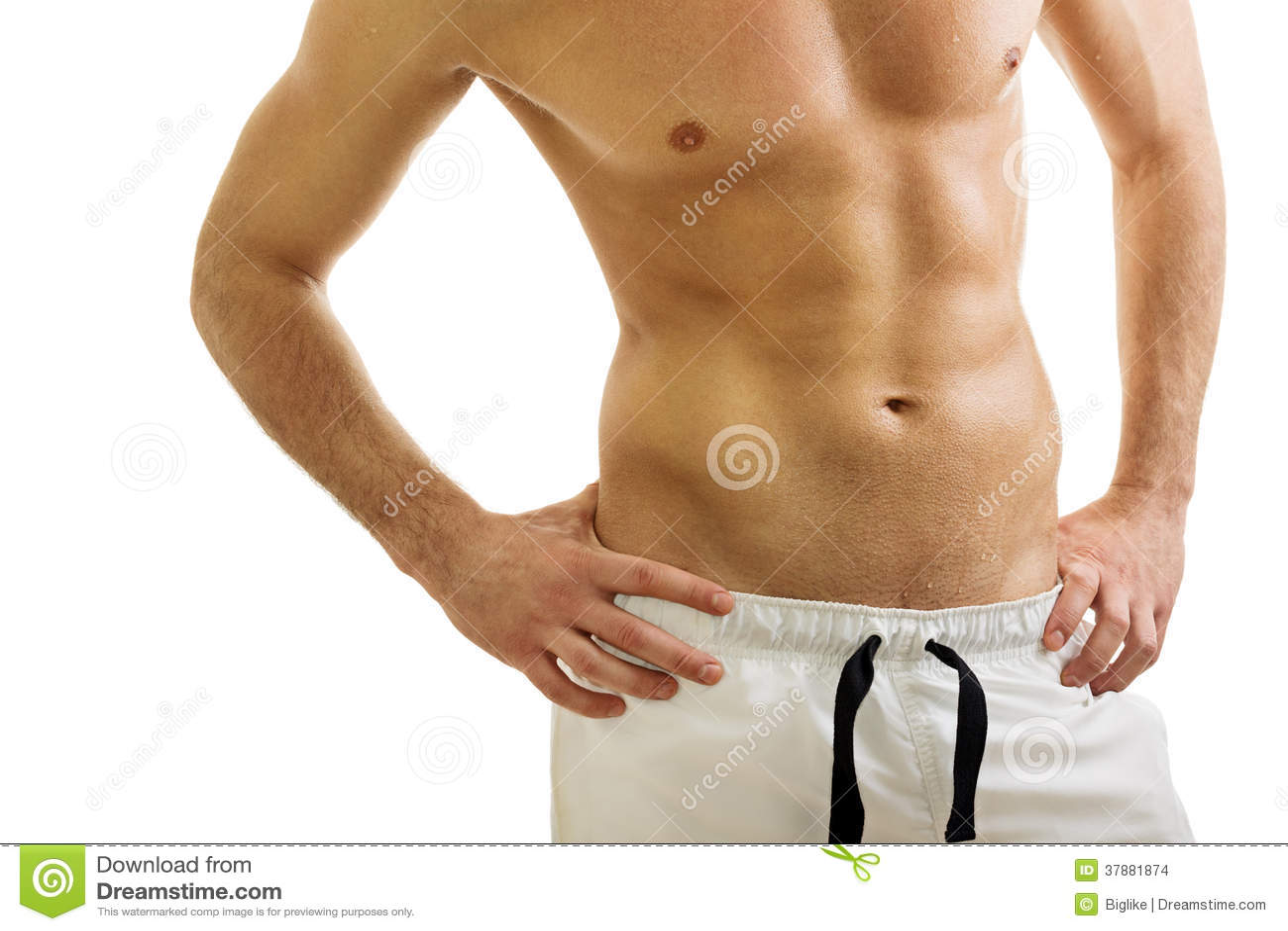 Knappe geschikte shirtless mens die witte borrels dragen